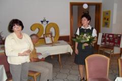 Frau Andrea Pfütsch (links) – Leiterin der Stadtbibliothek Zella-Mehlis