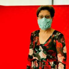 Christina Bertuch mit Mund-Nasen-Schutz